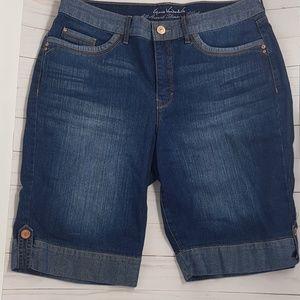 NWT Gloria Vanderbilt shorts